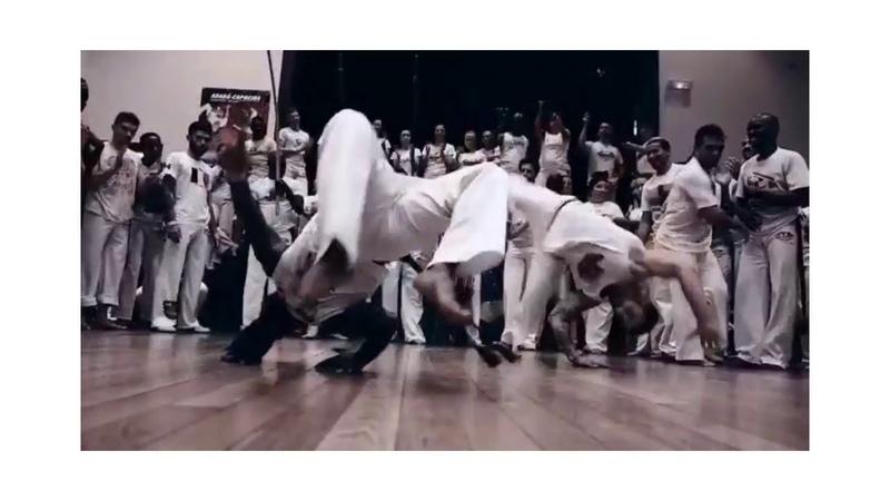 Erick e Foguete abadá-capoeira
