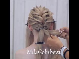 Длинные волосы идеально подходят для причесок на основе любых кос.