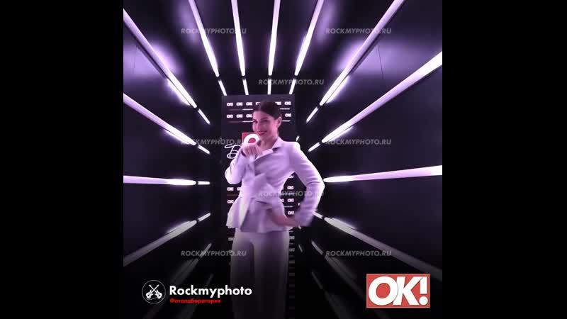 Неоновый туннель от Rockmyphoto для журнала ОК