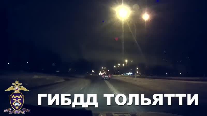 Нетрезвый водитель едет по встречной полосе mp4