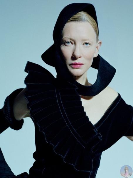 Кейт Бланшетт решила оспорить титул «инопланетной женщины» у Тильды Суинтон И в коллаборации с Тимом Уолкером неплохо