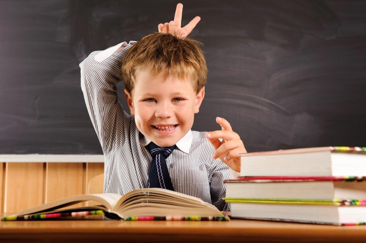 Поздравление, смешные картинки с детьми на уроках