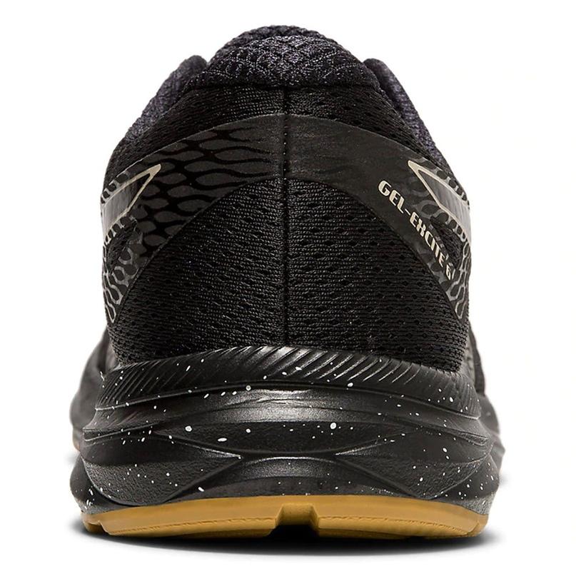 Обзор беговых кроссовок коллекции WINTERIZED, изображение №10