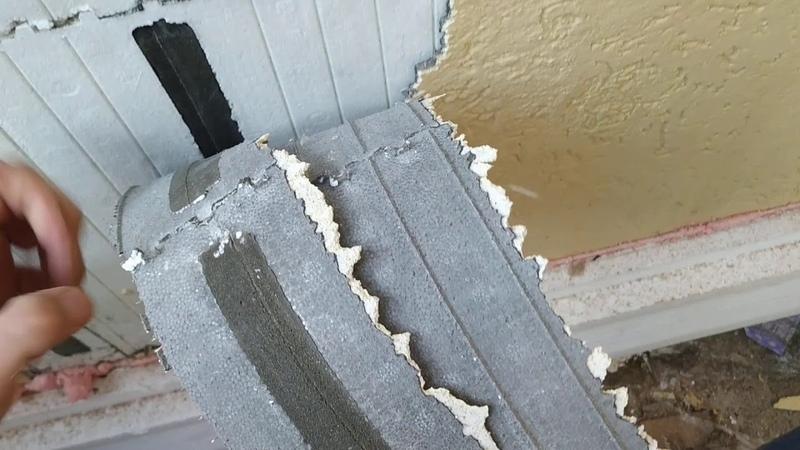 Базовый армирующий слой отходит чулком с фасадов дома, построенного из пенопластовой опалубки