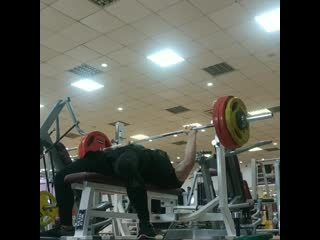 Bench press 152,5 kg × 3 / no doping / 41 years / 82,5 kg