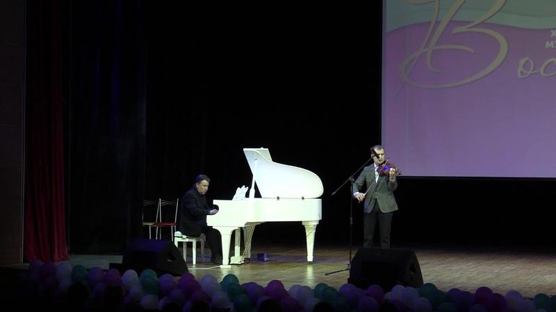 Члены жюри конкурса Триумф!Альберт Сайфуллин и Джамиль Шарифуллин !Музыкальный подарок конкурсу!
