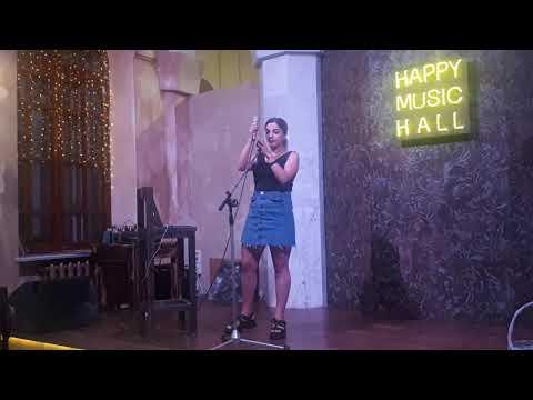 Лаундж, поп в исполнении Ольги Беляевой Loya в Пятигорске в кафе Happy Coffee 13 августа 2019