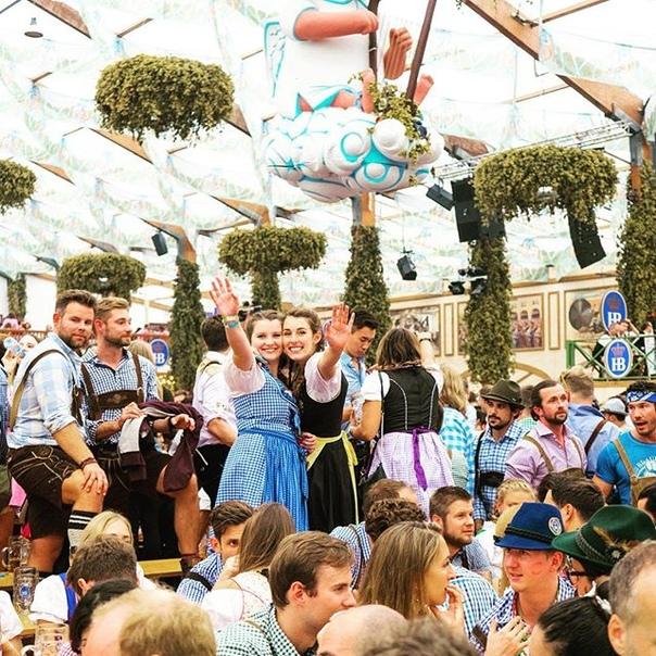 Прямые рейсы в Мюнхен на знаменитый пивной фестиваль Октоберфест (в этом году проходит с 21 сентября по 6 октября)