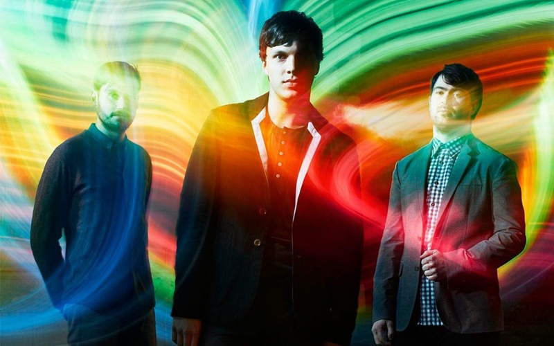 Friendly Fires ''Run The Wild Flowers''
