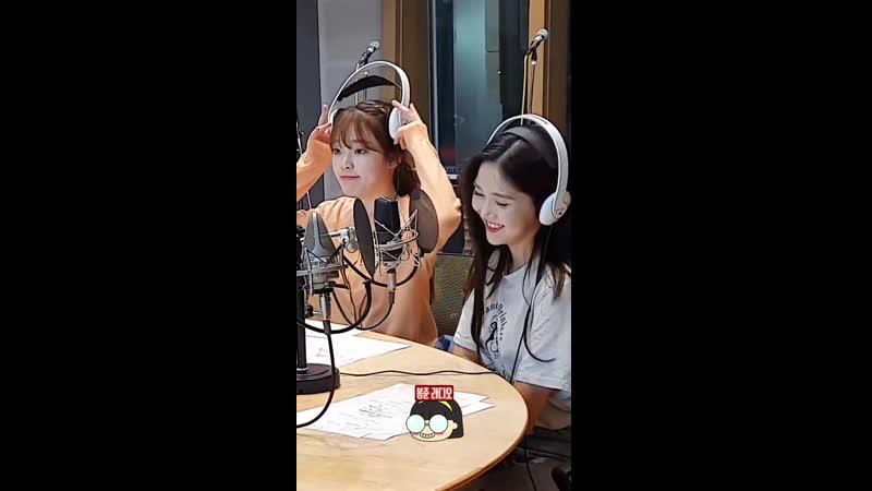 · Radio|Fancam · 190515 · OH MY GIRL · MBC FM4U: Ji Sukjin's 2PM Date ·
