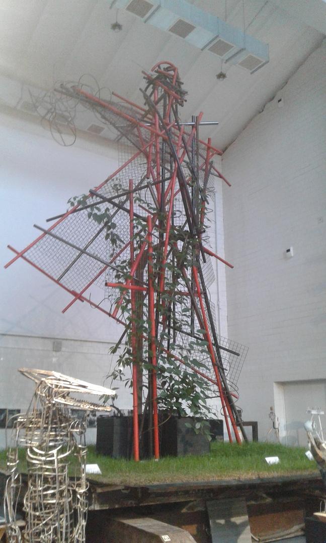 Макет статуи, похожий на макет, над которым работам М. К. Аникушин