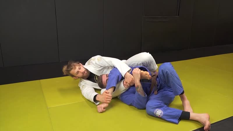 Adam Wardzinski Triangle choke from the back