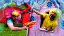 Игры стрелялки под дождём – Что придумали Нерферы – Видео шоу онлайн с Бластерами Нерф.