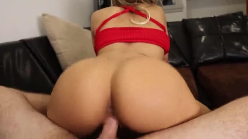 Cum Slut Teen Stops Chores to Fuck Her Friend(трах, сосёт, глотает, сперму, минет,