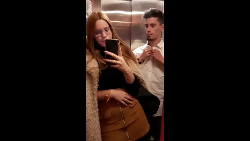Когда лифт скрепит