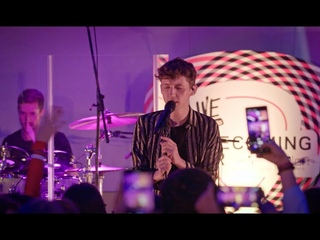 "Troye Sivan ""HEAVEN"" (Live at Aloft Hotels: The Homecoming Tour)"