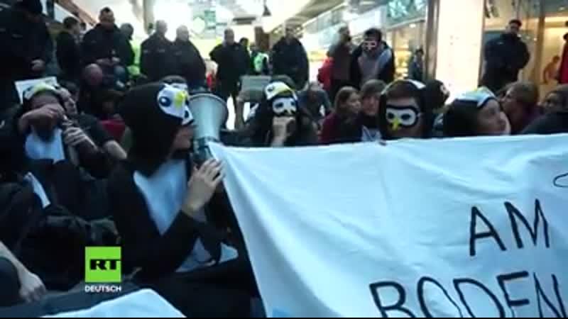 Berlin Einstellung aller Inlands und Kurzstreckenflüge Klimaaktivisten besetzen Tegel