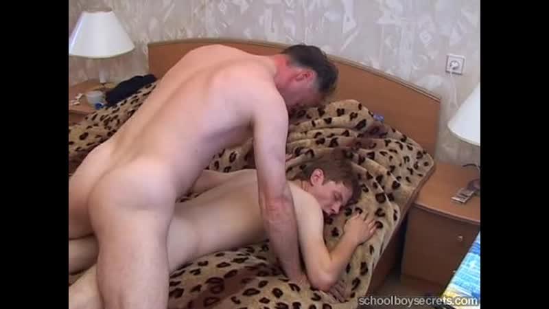 Молодой Гей Трахает Постарше Порно Видео