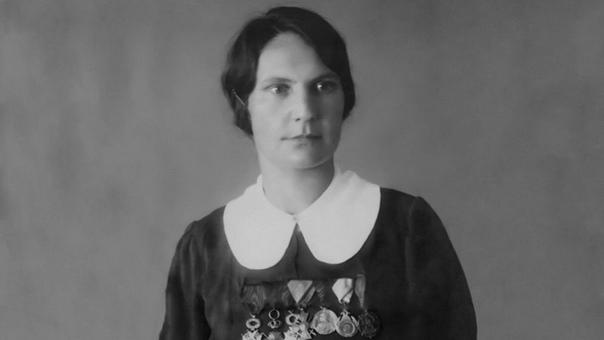 Сербская Жанна дАрк. Впервые на фронте сербка Милунка Савич оказалась ещё во время Первой Балканской войны. В 1912 году она записалась добровольцем на призывном пункте в Белграде под мужским
