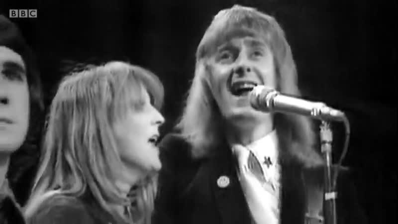 Elton John and John Reid (Top of the Pops, 1972)