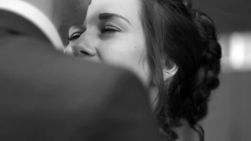 С и В черно белое видео свадьбы