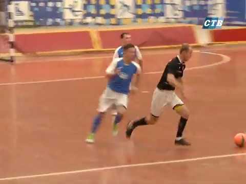 Команди Щит та ІВТ зустрілися у черговому матчі чемпіонату Луганщини з футзалу