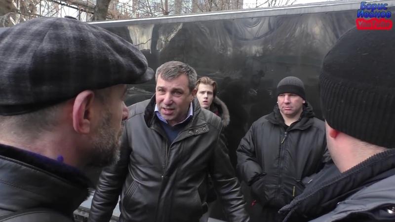 Нападение на журналистов Орел Дорогов Комяк избиты ограблены работниками и директором фирмы Серконс