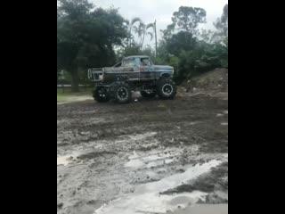 Mr.b redneck truck