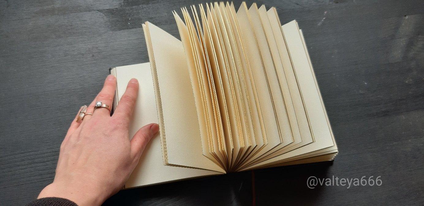 Хештег книга на   Салон Магии и Мистики Елены Руденко. Киев ,тел: +380506251562 Lw0XOAWxtmw