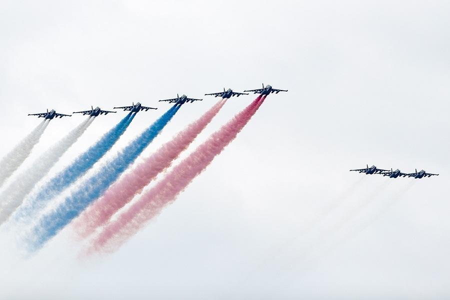 Воздушные парады Победы: в честь 75-летия Великой Победы в России пройдут авиапарады