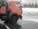 Дураки и дороги смыть снег с площади холодной водой Киров