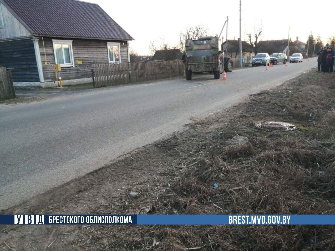 В Дрогичинском районе девушка попала под колеса трактора