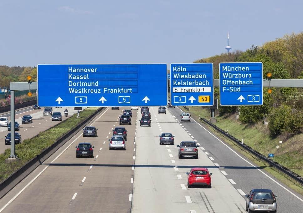 В Германии хотели ввести ограничение скорости на автобанах