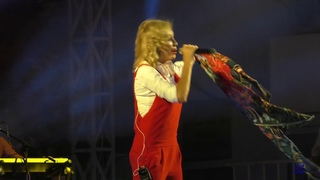 Ейску 170 лет.Праздничный концерт, выступает Виктория Цыганова. .