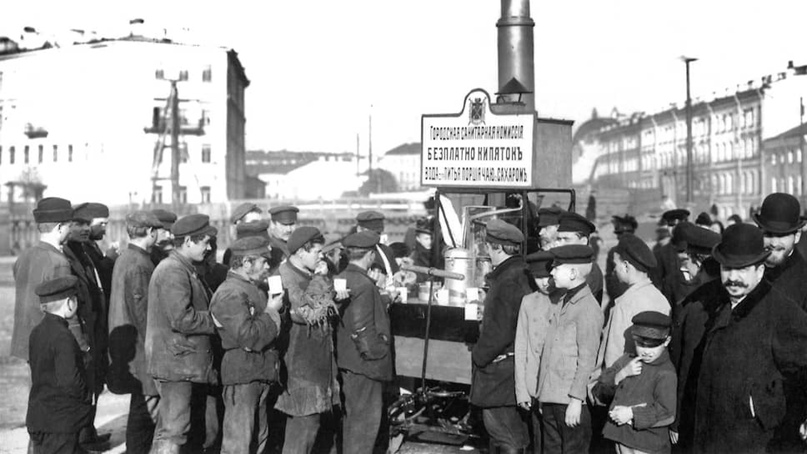 Просмоленные гробы, отряды дезинфекторов и холерные диссиденты. Как боролись с эпидемиями в Вятке до революции., изображение №4