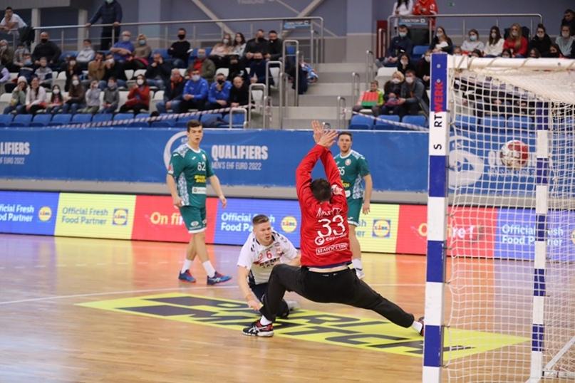 Курс на Египет. Белорусы сильнее норвежцев в матче евроотбора. Шанс пройти в распахнутые двери, изображение №4