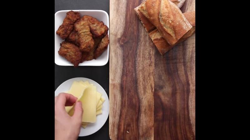 Milanesa Stuffed Garlic Bread via Bien Tasty