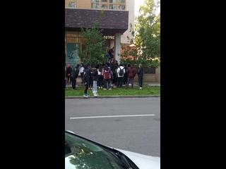 Из за че-го произошла драка между китайцами и русскими в Казани