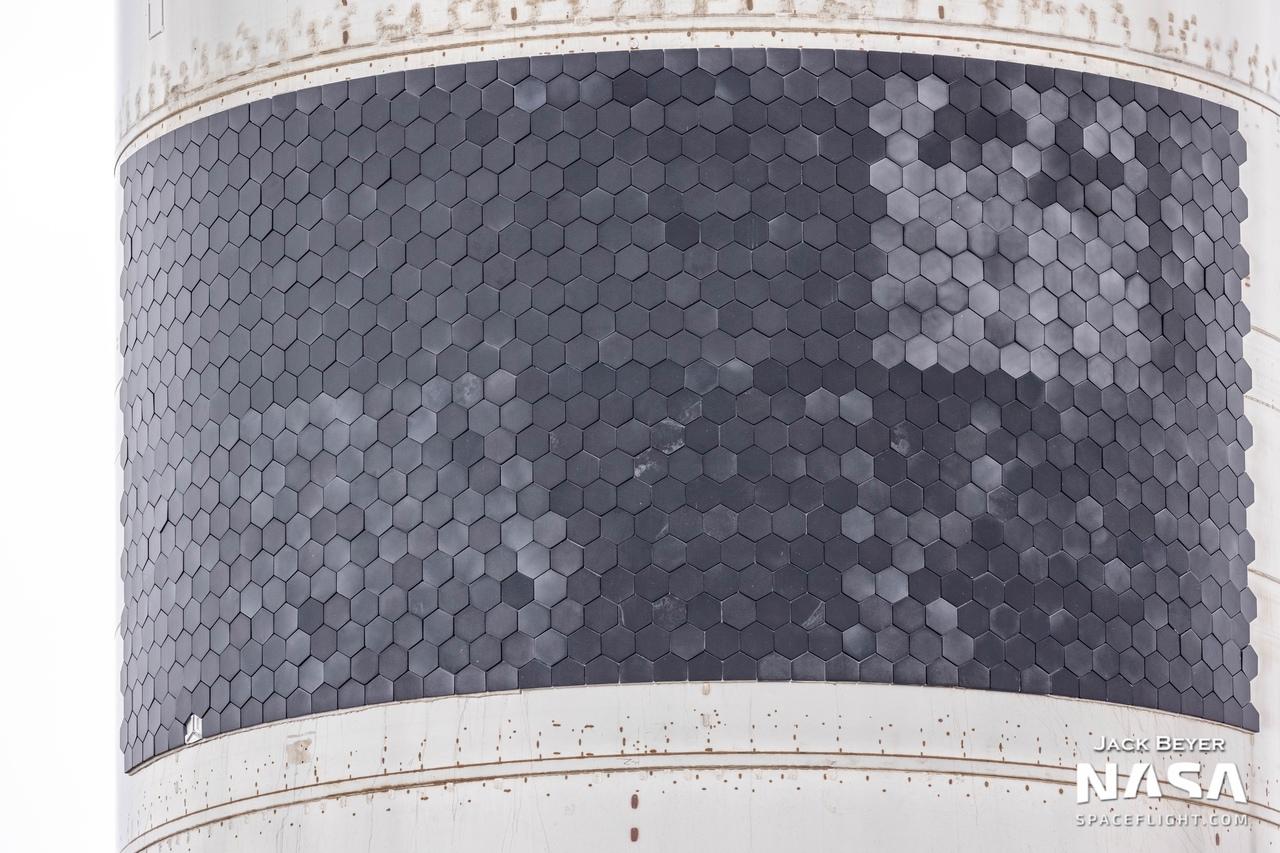 Тестовый плитки теплозащиты SN15  Источник: vk.cc/c33XAh