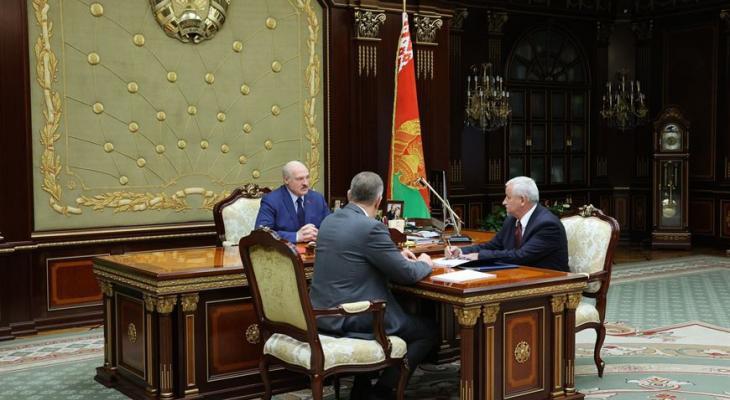«Сядут, и надолго» — Лукашенко рассказал про «шпионов» на заводах, которые расск...