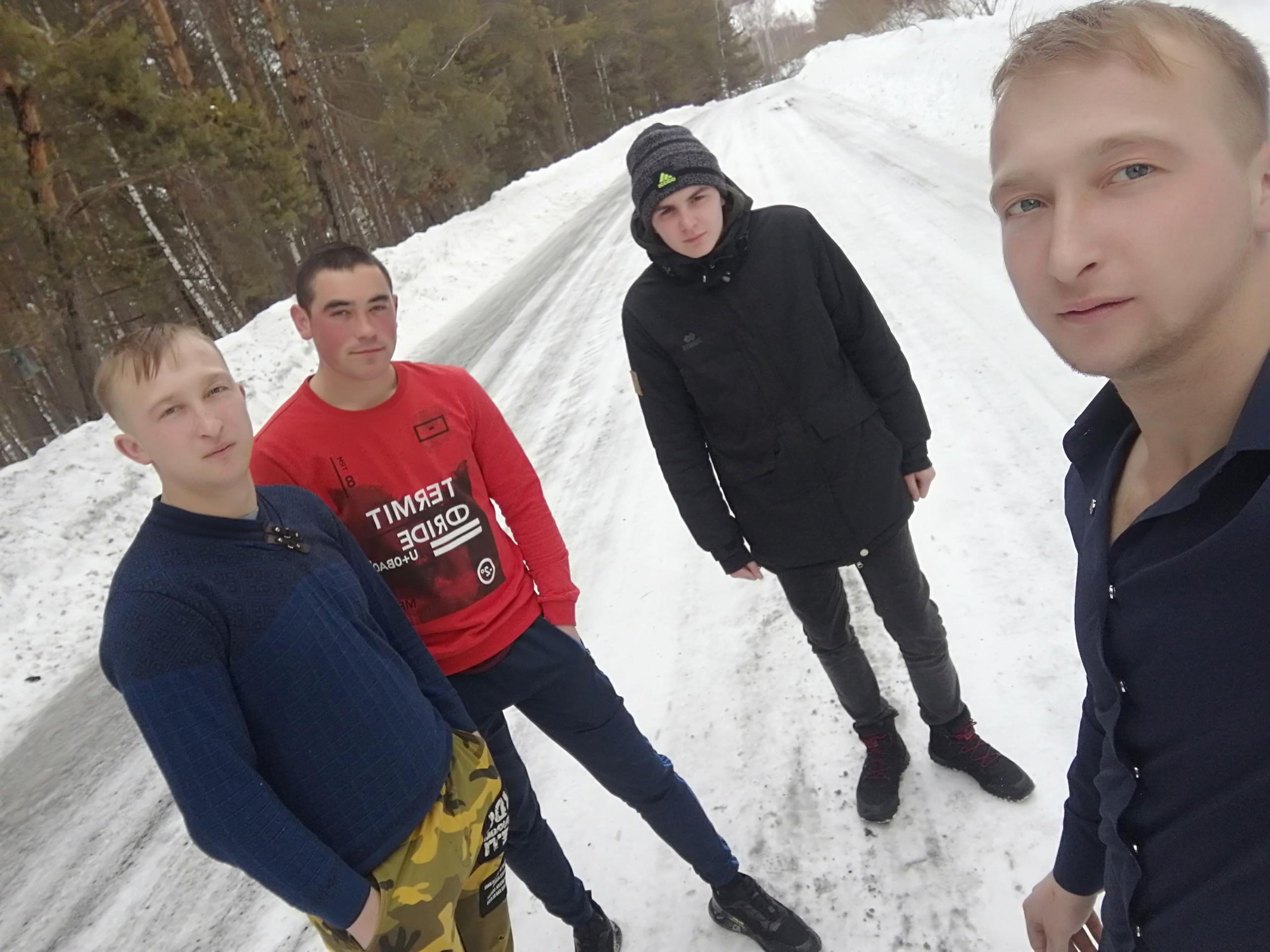 Дмитрий, 22, Altayskoye