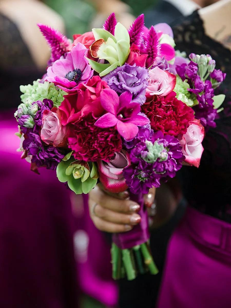 8YuZCHvxF8Y - Свадебные букеты с гвоздиками - фото