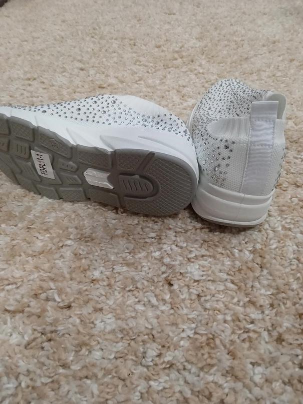 Новые кроссовки. Не подошли по   Объявления Орска и Новотроицка №23420
