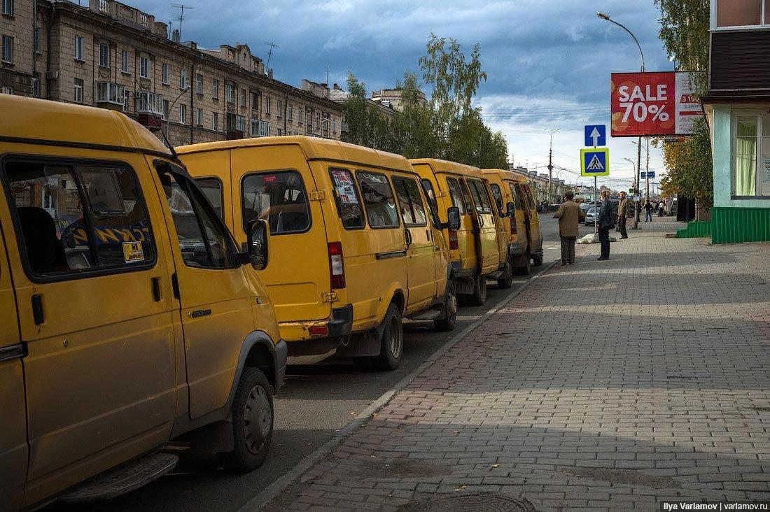 Не дайте победить им. Берегите автобусы и троллейбусы! Фото: Илья Варламов