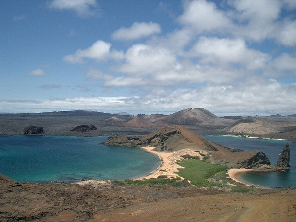 Галапагосские острова (0°21′ ю. ш. 90°28′ з. д.), Эквадор