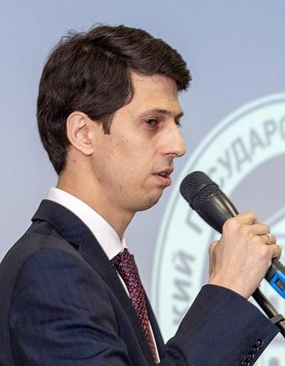Саша Конон