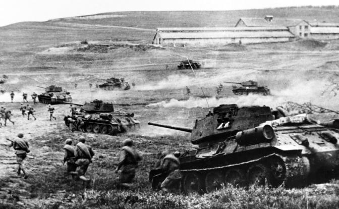 Три танка — одним снарядом