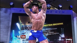 Super Ripped Fitness Muscle Model Florian Wolf Gym Muscle Pump Styrke Studio