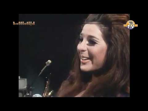 Bobby Gentry I'll Never Fall In Love Again TV studio 1969