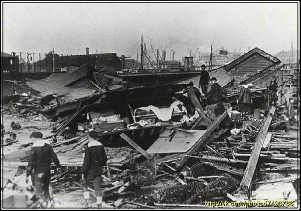 ЛОНДОНСКОЕ ПИВНОЕ НАВОДНЕНИЕ 16 октября 1814 года в Лондоне произошло пивное наводнение. Старый пивной чан, принадлежащий пивоваренному предприятию Мо и Компания, внезапно разлетелся на куски,